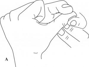 Masaż obszarów odpowiadających mózgu w standardowym systemie odpowiadającym Su Jok na dłoni